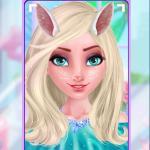 Elsa's Funny Selfie
